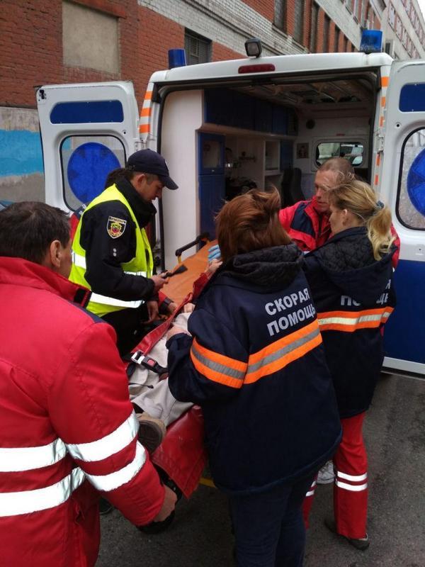 Пешеход пострадал от мусоровоза, а после умер