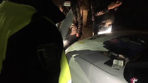 Во Львове появились новые оборотни в погонах: Полицейские требовали взятку у пьяного водителя