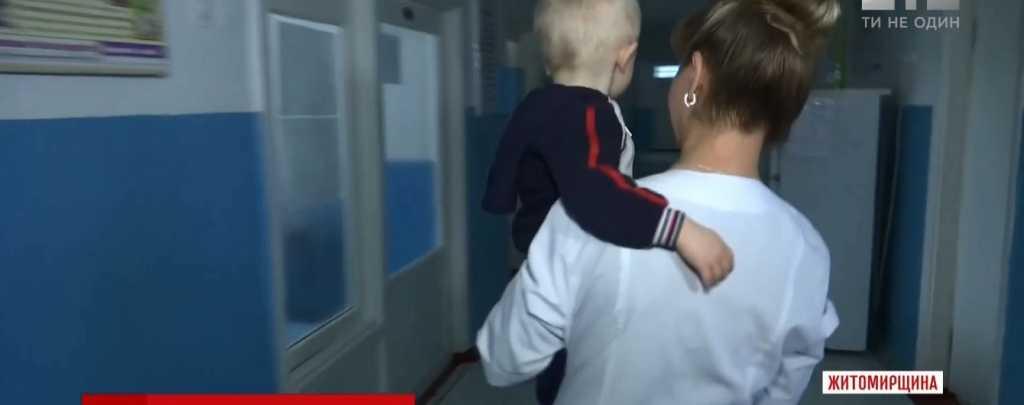 «Голодный и напуган просидел в домашнем плену более суток»: Горе-мать заперла 2-летнего ребенка и куда то ушла