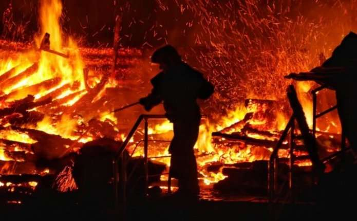 «Погибли в адских муках»: Люди заживо сгорели в караоке