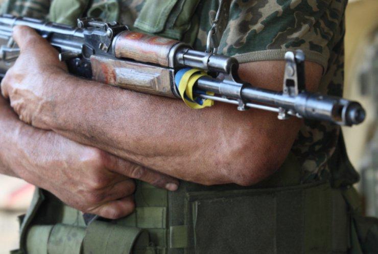 «Засунув ствол автомата себе в рот, и выстрелил»: Покончил с жизнью еще один молодой военный