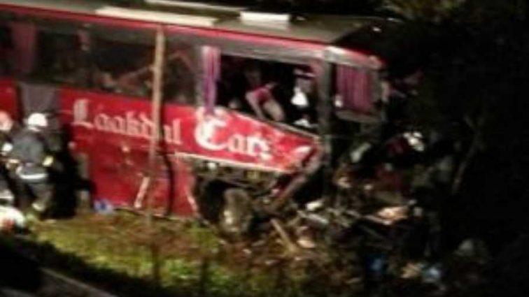 Возраст жертв не превышает 20 лет: В ужасном ДТП разбился автобус со спортсменами