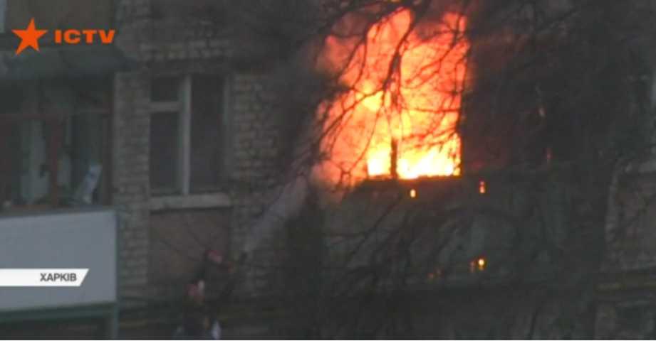 «Я начал кричать людям, что в доме пожар, но…»: Случайный прохожий спас из пламени 2-летнего ребенка