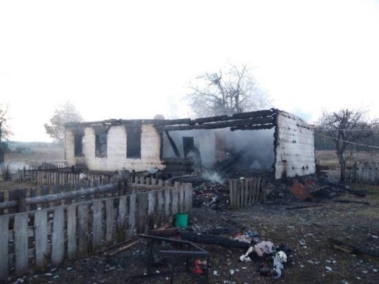 «Одно тело обнаружили на кровати другое в колыбели»: В ужасном пожаре погибли двое маленьких детей
