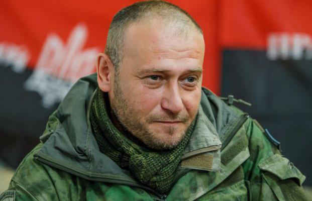 «В траншеях, как крысы, разбегаются солдаты противника»: Ярош показал видео обстрела с передовой