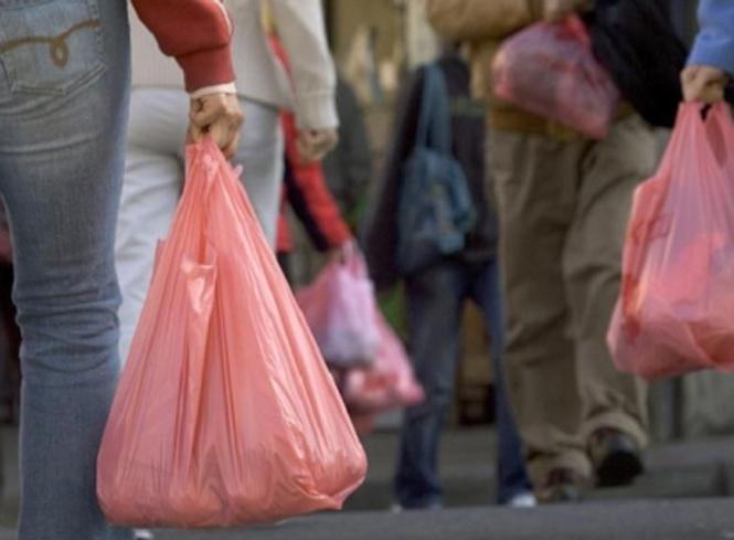 Ограничение использования полиэтиленовых пакетов: Узнайте кого из украинцев будет касаться изменения