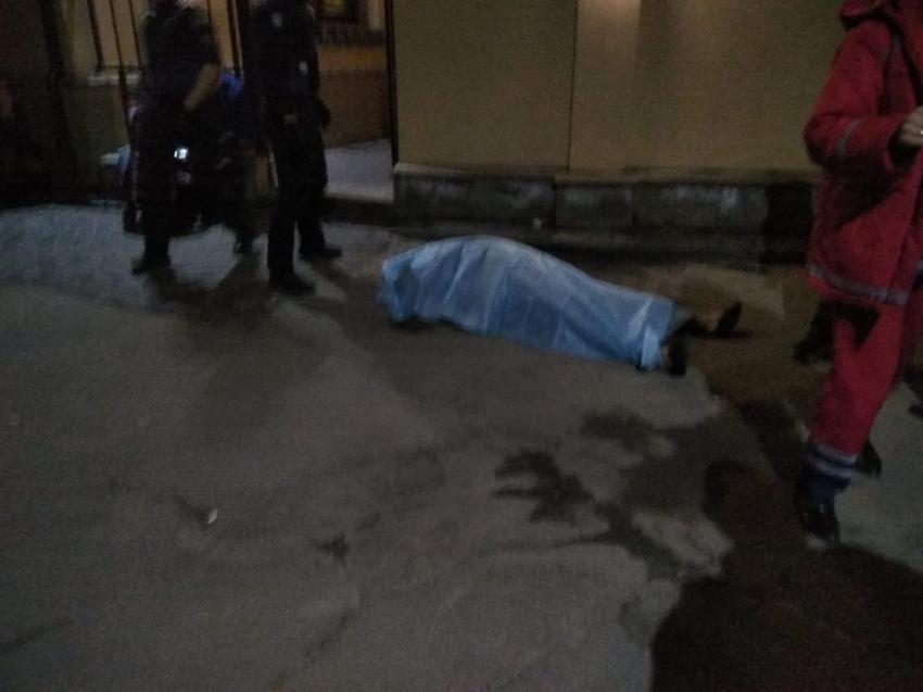 «Его била охрана заведения»: Во Львове возле ресторана «Старгород» нашли тело мужчины