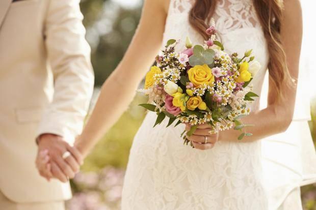 Известный депутат сыграл уже вторую свадьбу за год