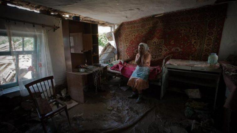 «Она звала на помощь, однако полицейские …»: Бабушку нашли мертвой в квартире, подробности