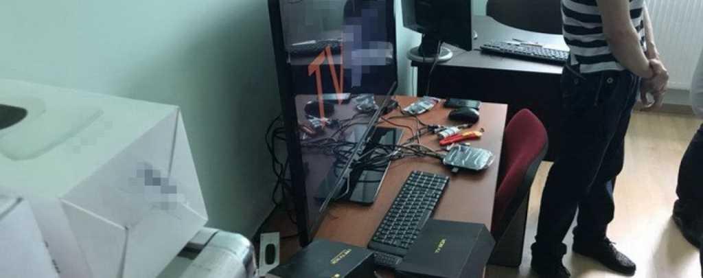 «Продавали приставки к телевизору с доступом к …»: Во Львове разоблачили пропагандистов ДНР