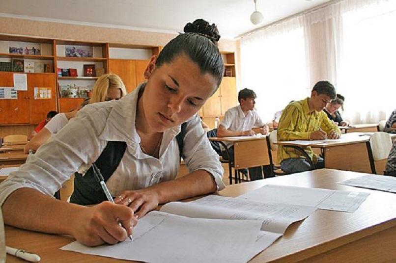 Окончить школу смогут не все: В Украине будут проводить конкурс на поступление в 10 класс. Что известно про скандальное нововведение
