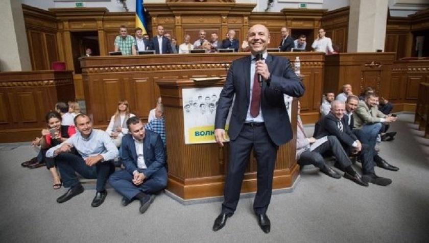 Настоящий антирекорд: Депутаты смогли удивить украинцев своей дерзостью