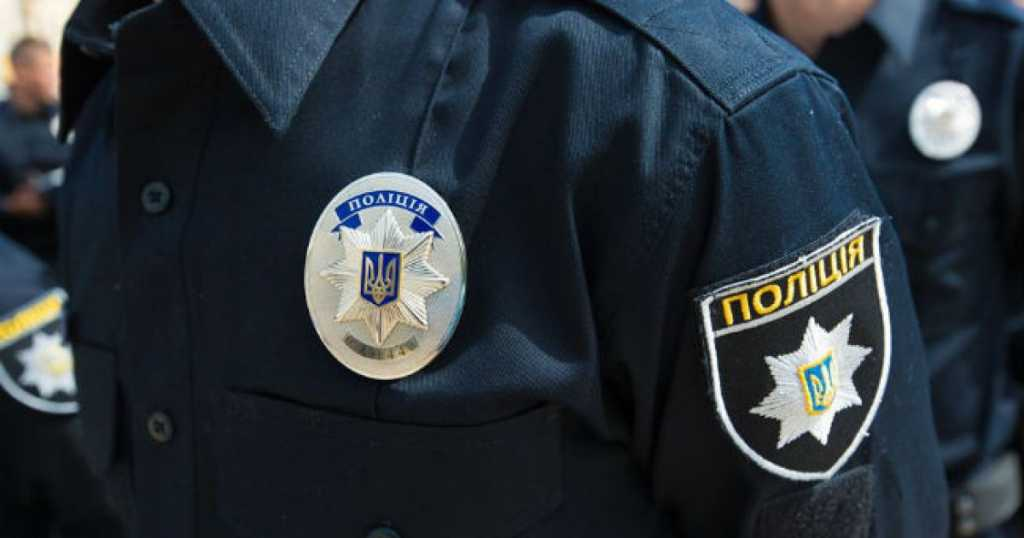 «Вешали» преступления на бездомных и наркоманов: Стало известно о полицейских, которые решили повысить уровень раскрываемости