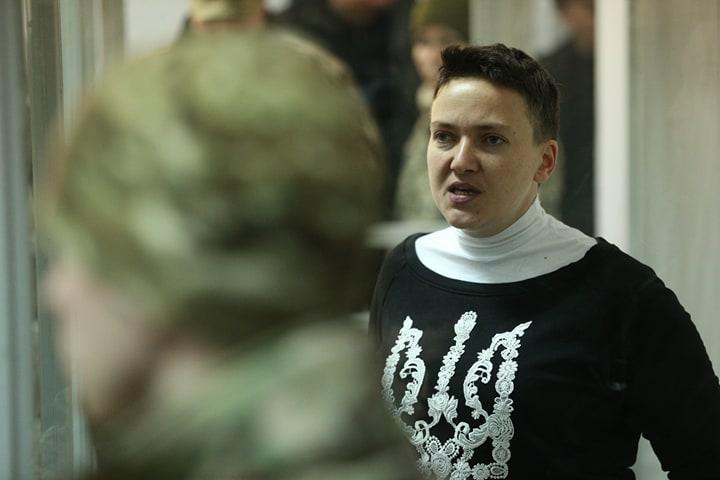 У него сомнительное прошлое: Стало известно, кто будет защищать Савченко в суде