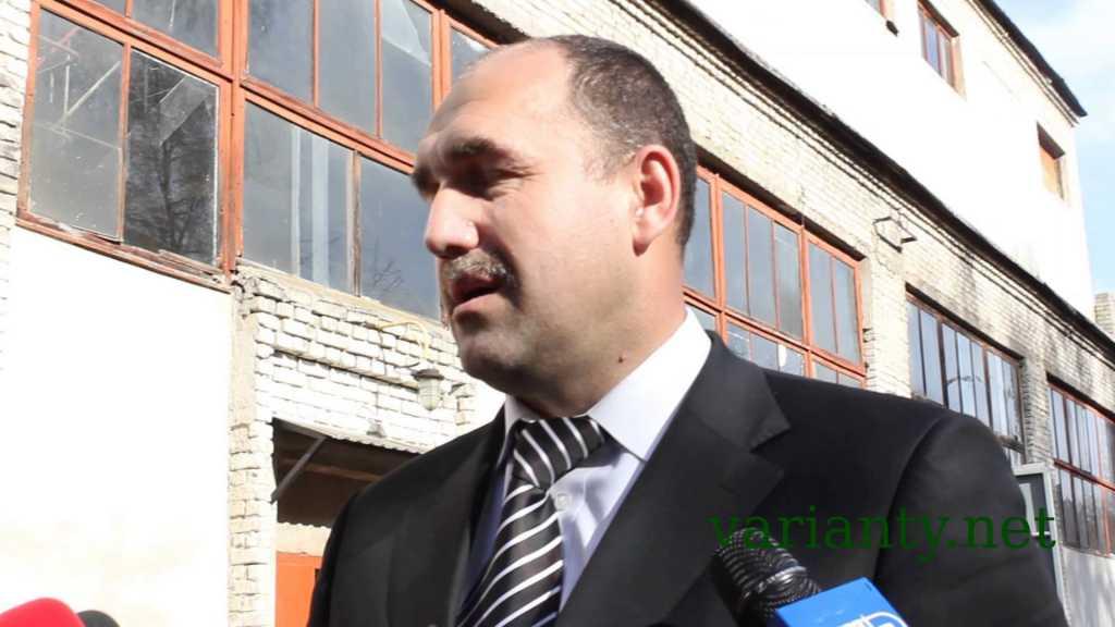 Уселся прямо посреди города и… : Выходка скандального украинского мэра не на шутку удивила украинцев