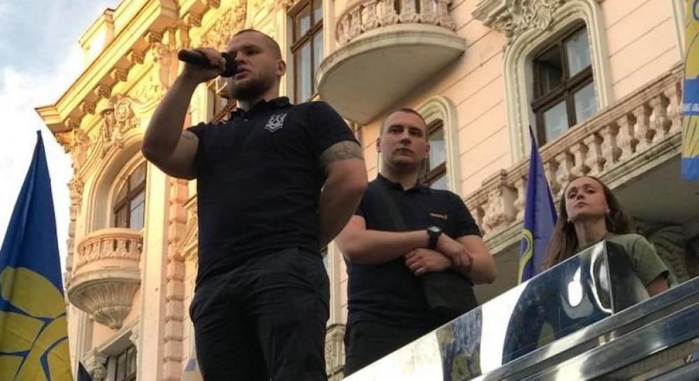 «Будет принадлежать украинцам, а не ж*дам»: Правый сектор провел в Одессе скандальную акцию, призывая очистить Украину от евреев