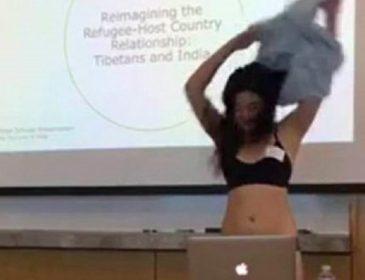 «Начала демонстративно раздеваться, и …» То, что сделала студентка прямо посреди аудитории, взорвало Сеть