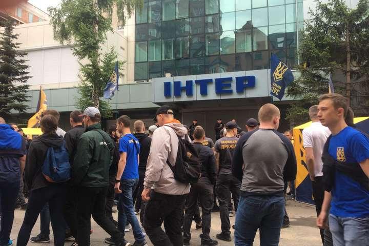 «Мы не воюем с пустыми стенами»: Активисты объявили о всеобщей мобилизации после концерта на Интере