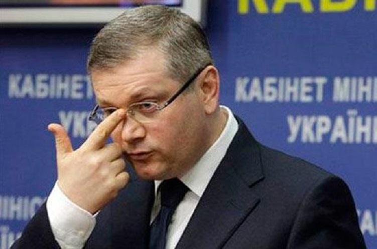«Выключили свет и…»: Прямо во время встречи с народом, скандального нардепа Вилкула чуть не избили разгневанные украинцы
