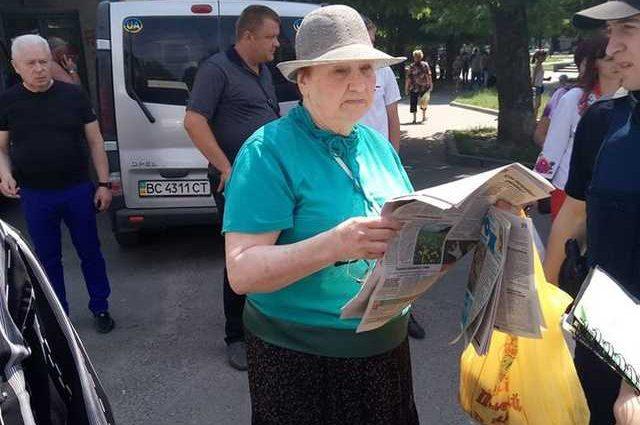 «Подошла и прямо в лицо …»: Во Львове пенсионерка из Донецка напала на школьницу