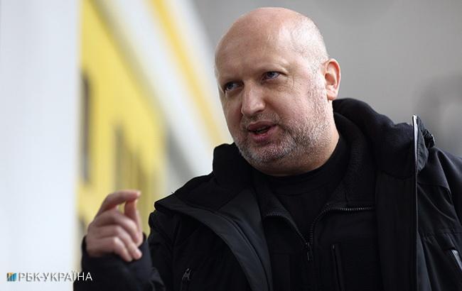Турчинов назвал месяц, когда РФ может полномасштабно вторгнуться в Украину