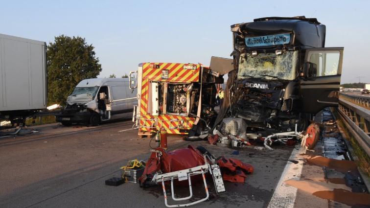 «Мужчина перевозил мешки с цементом и …»: В кровавой ДТП погибли почти 20 человек