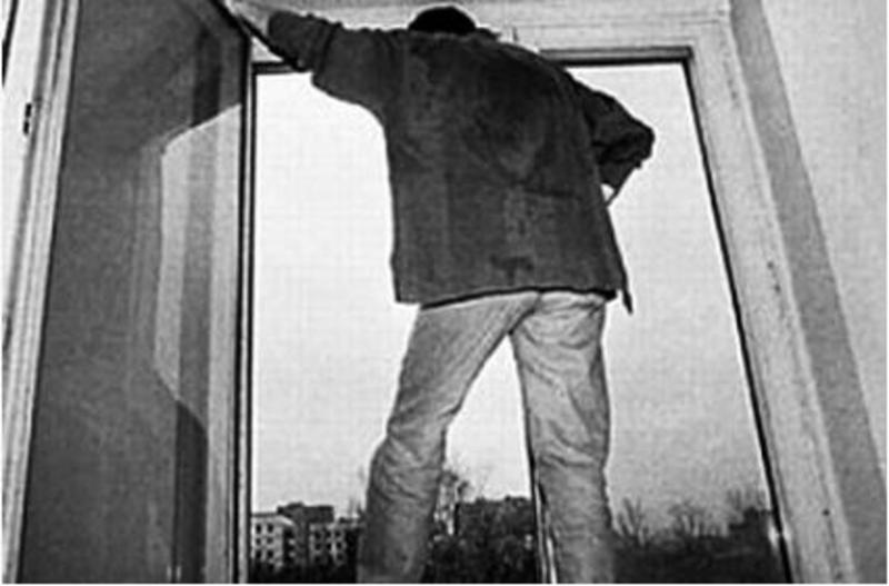 Парень выпал с 5 этажа военкомата, а все из-за …