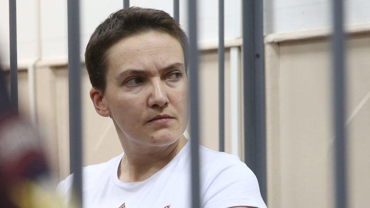 Потеряла 17 килограмм: Появились сенсациини фото похудевшей Надежды Савченко из суда