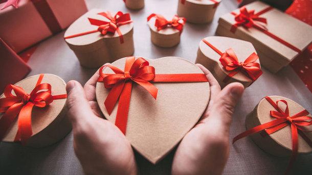 «Щедрость стоимостью 1,3млн гривен»: Необычный подарок парня своей возлюбленной потряс Сеть