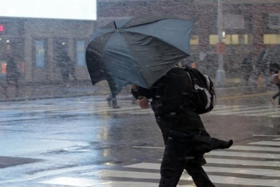 Надвигаются сильные грозы и шквалы: В Украине объявили штормовое предупреждение