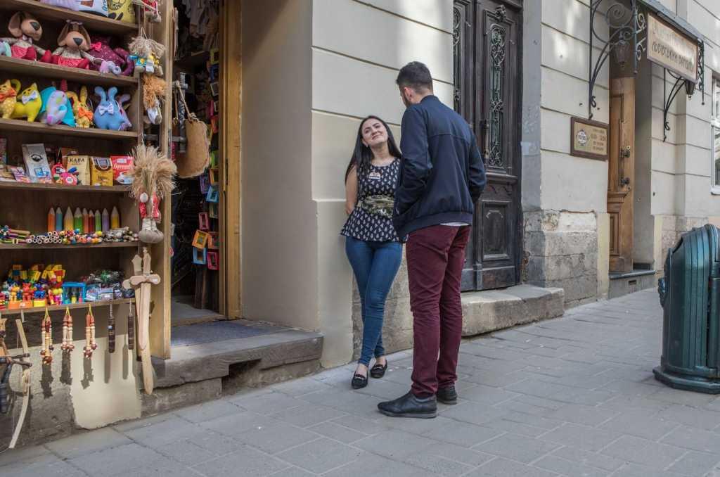 «Реализовать свои грязные фантазии …» Вся правда о том, что ищут туристы-иностранцы во Львове. В какую сумму оцениваются украинские девушки