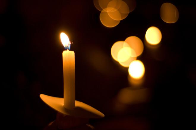 «Покойся с миром, маленькое солнышко»: В Сети появились фото убитой девочки на Донбассе