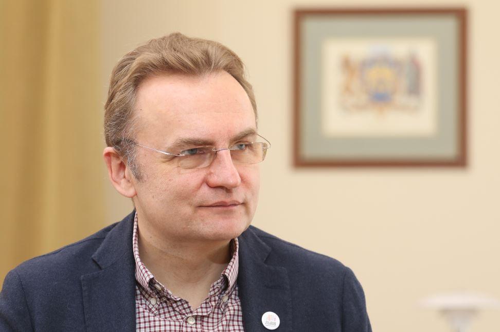«Сепар сепару, как известно, глаз не выклюет»: Юрий Михальчишин раскритиковал скандальное решение Андрея Садового