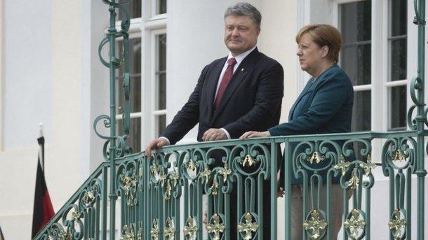 Стали известны подробности разговора Порошенко с Меркель