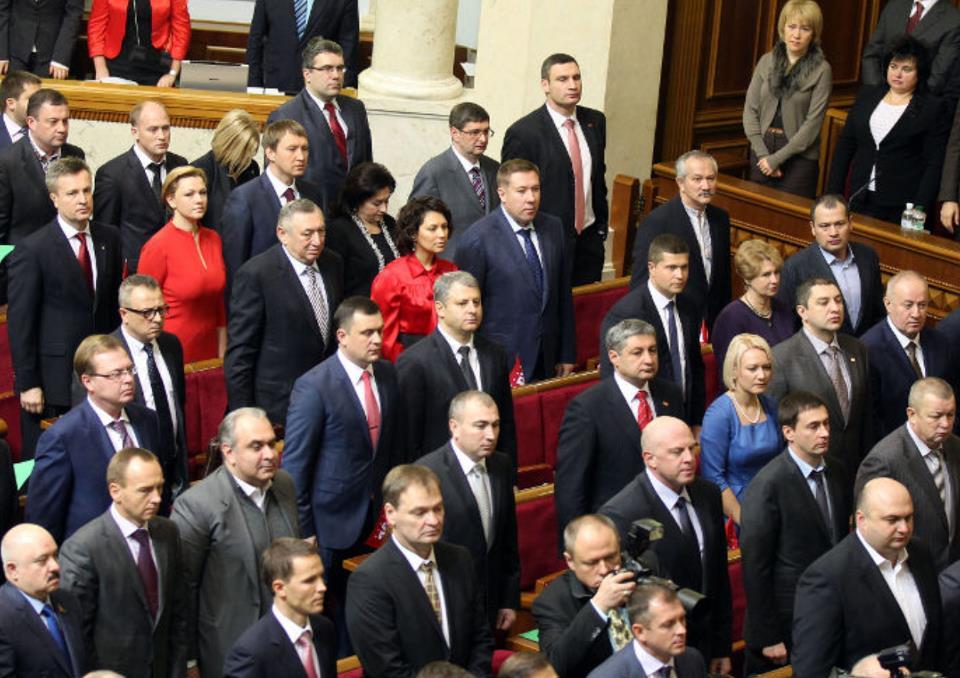 «Б*ндеровцы — это маньяки, озверела скотина»: Известный депутат сделал скандальное заявление