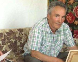 «Нашел в шкафу…»: Неожиданное известие об отце поступило мужчине через 75 лет
