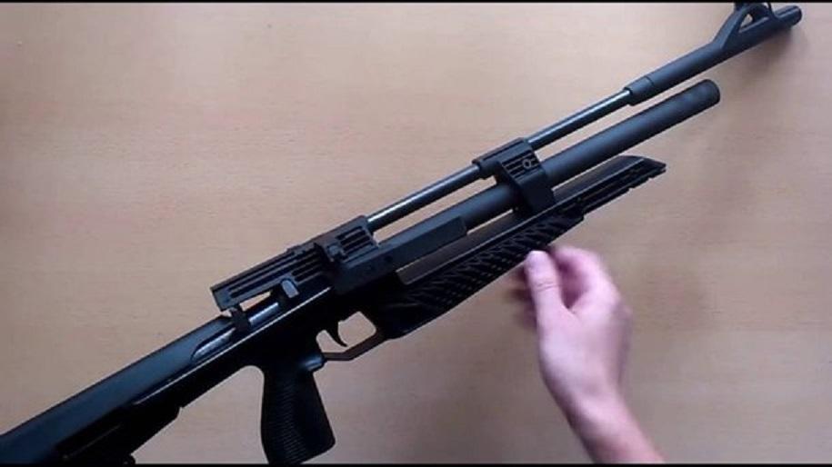 «Взяли без разрешения пневматическую винтовку и…»: Во Львовской области мальчик выстрелил в живот младшей сестре