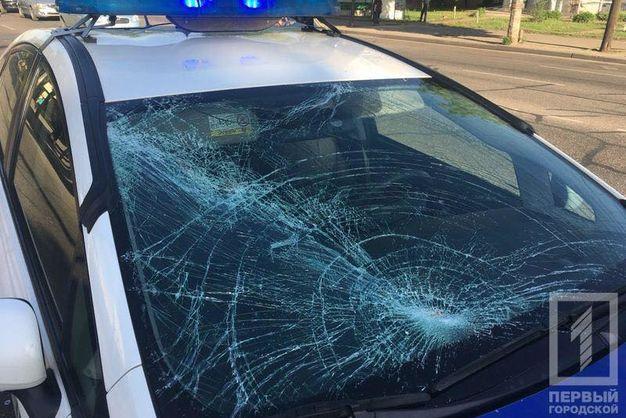 «Пытался перебежать дорогу на красный»: В Кривом Роге патрульный сбил пешехода