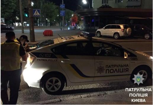 «Положил 100 долларов»: В столице водитель пытался «задобрить» полицейских