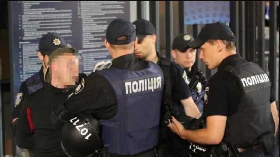 «За переквалификацию статьи на менее тяжкую»: Руководителя львовского райотдела полиции поймали на взятке