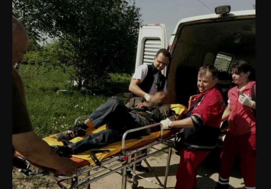 «Его парализовало и он пролежал в поле 4 дня»: Новые детали спасения иностранца, которого нашли на Львовщине