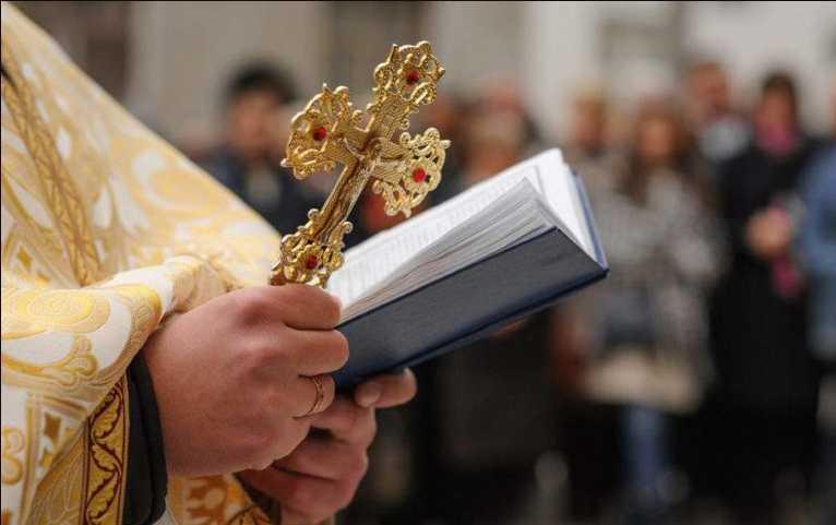 «Мы будем людьми второго сорта»: Митрополит Московского патриархата Онуфрий ответил Порошенко