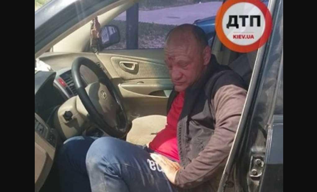 «Не мог даже выйти из авто, бросался на людей и хвастался удостоверением»: Пьяный полковник едва не убил человека