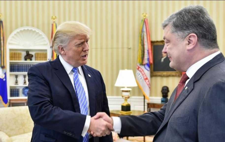 Новый международный скандал: Почему и как Порошенко пытается понравиться Трампу