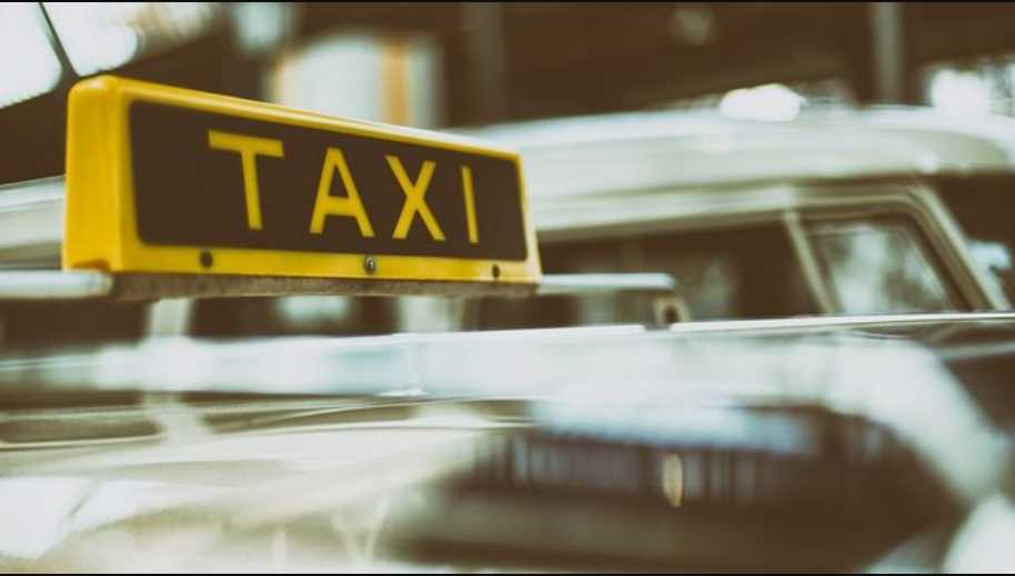 Поездка закончилась стрельбой: Пассажир решил рассчитаться с таксистом патронами