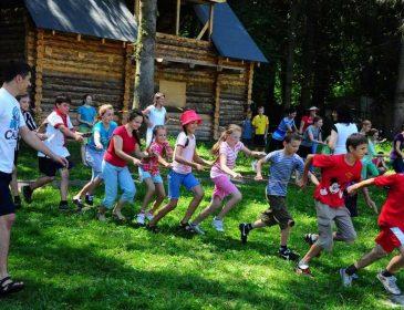 От 15 до 20 тыс. гривен: Украинцев поразила новая стоимость отдыха в детских лагерях
