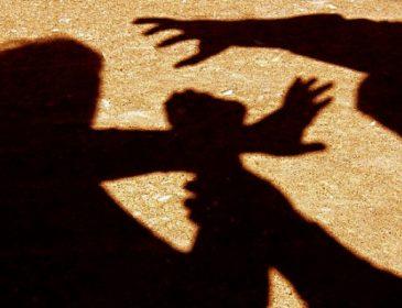 «Нанес ему множественные удары по голове и туловищу, а затем …»: Юноша жестко расправился с бездомным