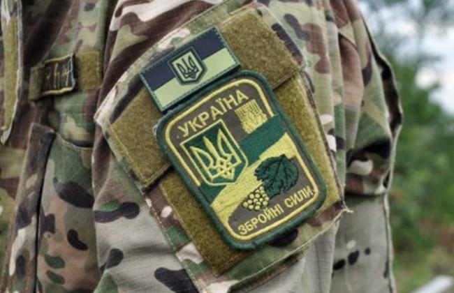 «Пытались спасти на месте»: Во время военных учений внезапно умер десантник, детали