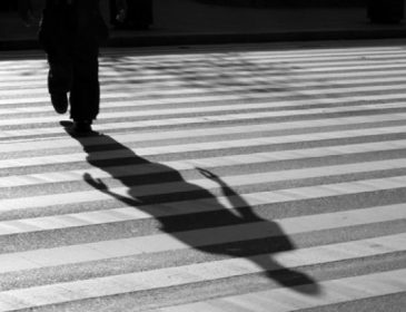 «Не успел затормозить»: Пенсионер сбил ребенка на переходе