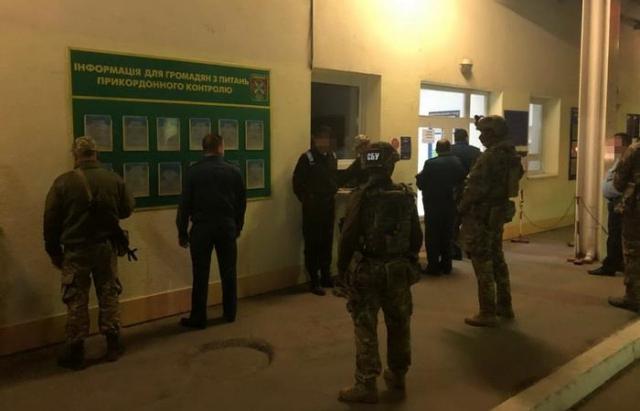 СБУ задержала на взятке начальника таможенного поста